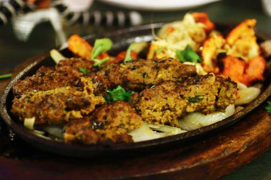 Takeaway Chicken Lahore Karahi House ME7