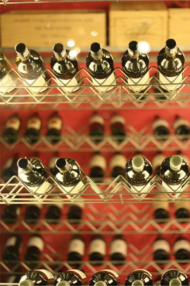 Takeaway wine Gufaa Raja MEI9