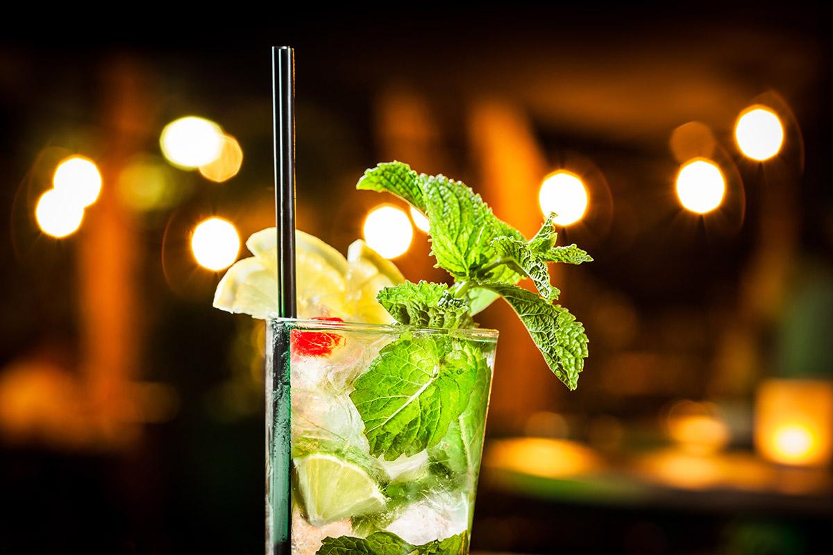 Takeaway Drinks Al-Madina Tandoori ME20