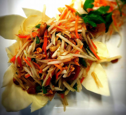 Restaurant and Takeaway Thai Food Thai Vintage Restaurant CO15
