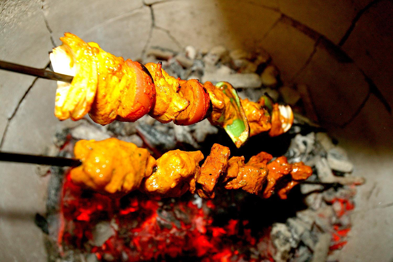 Takeaway chicken tikka Deea Bangladeshi KT2