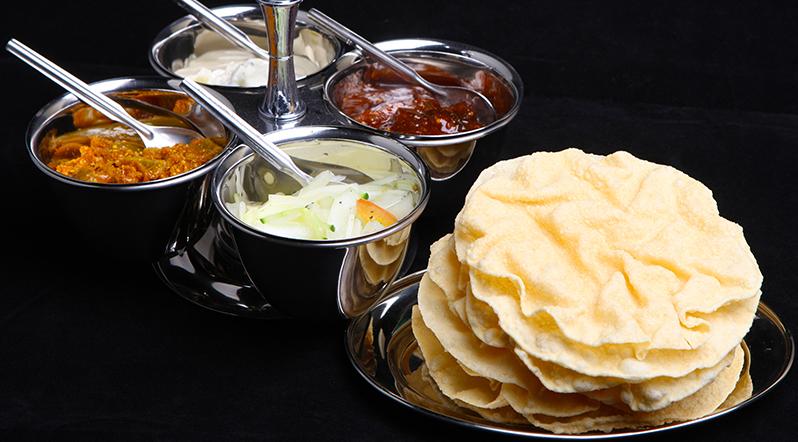 Order Online at Indian Takeaway Bayleaf CM11