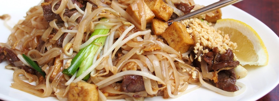 <h2 class='animated fadeInUp'>Providing Best Thai Food</h2><p class='animated fadeInDown'>In Unit 2, 202 Three Colts Lane, Bethnal Green</p>
