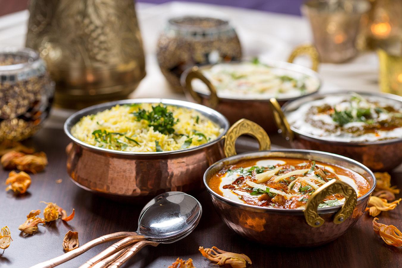 Takeaway balti dish india garden al3