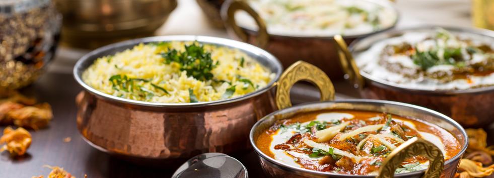 Takeaway curry dish india garden al3