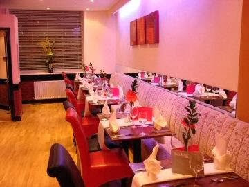 takeaway dining balti house sp2