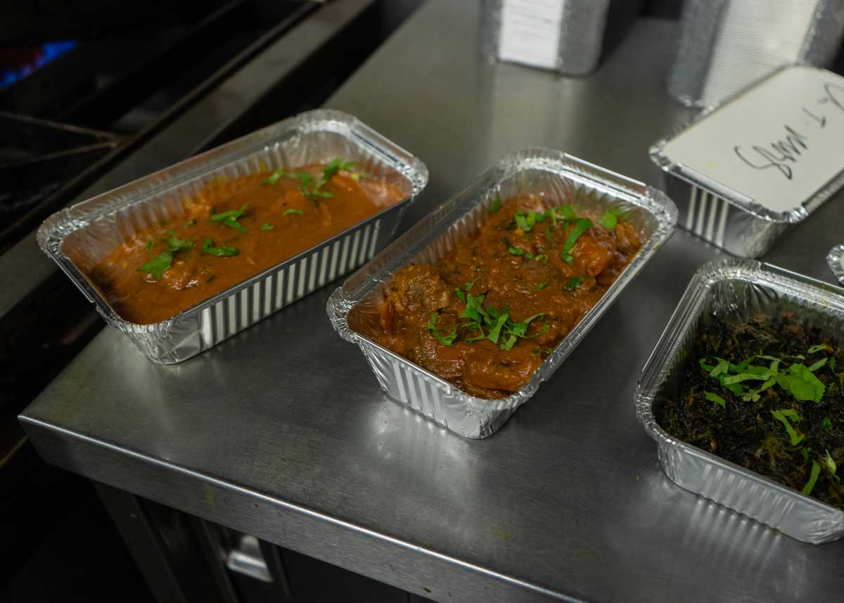 takeaway indian food Jayraj LU2