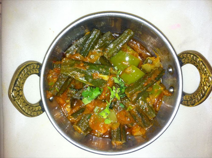 takeaway  indian curry  tandoori se22