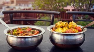 Takeaway order online Shahins-Indian-Cuisine HP7